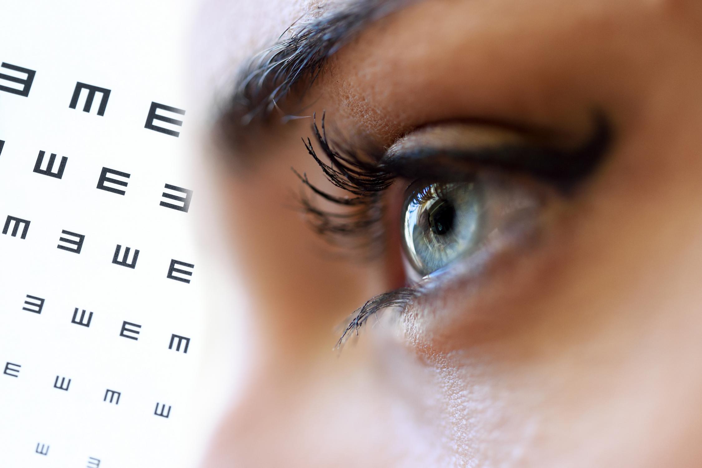 Látás hónapja az Óbudai Egyetemen – ingyenes szemészeti szűrés  munkatársainknak 4309dbc218