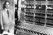 Neumann János az IAS gép előtt. 1952