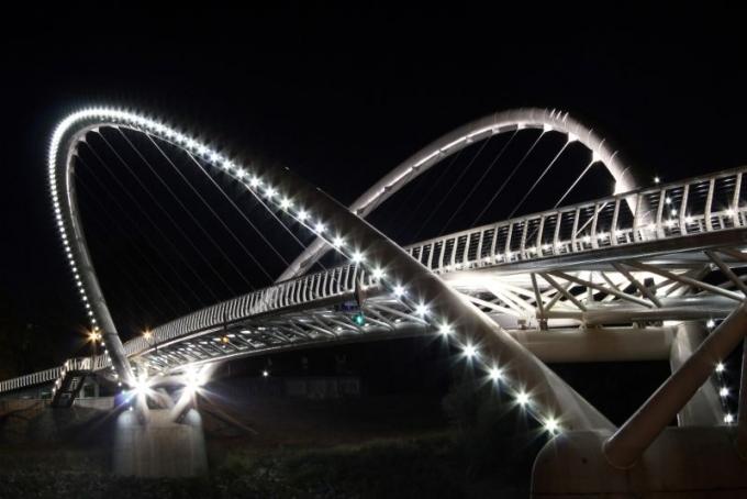 Bánkis diákok sikere az országos híd-makett építő versenyen