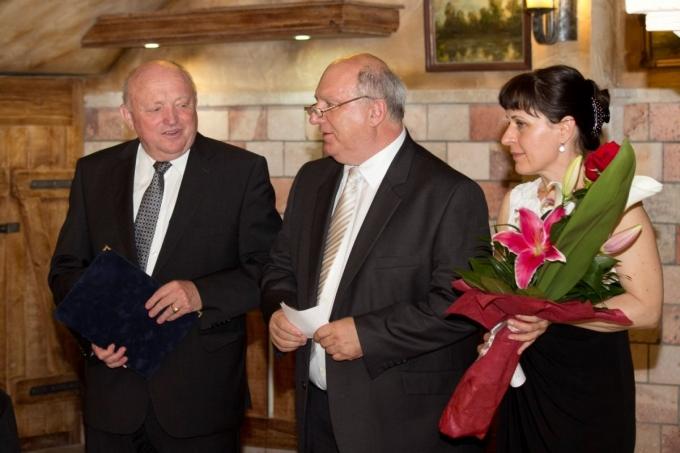 Kitüntették dr. Patkó Istvánt, a Rejtő Kar dékánját
