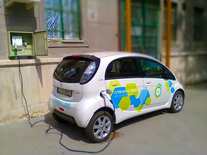 Citröen C-zero elektromos jármű