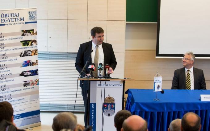 Prof. Dr. Palkovics László