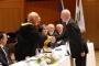 Az egyetem rektora és Szenátusa Pro Universitas kitüntetést adott át Dr. Manherz Károlynak